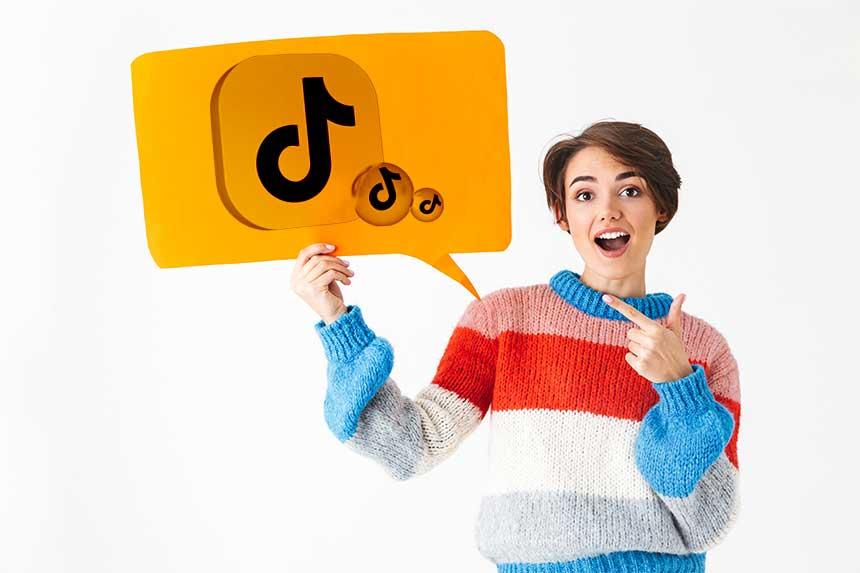 TikTok vient d'utiliser une nouvelle voix féminine pour la synthèse vocale ou text-to-speech