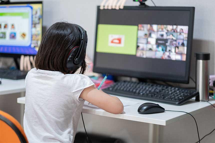 Comment la technologie numérique peut égaliser les chances en matière d'éducation