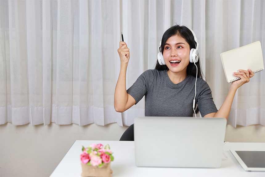 2 façons de prendre automatiquement des notes pendant une classe ou une réunion en ligne